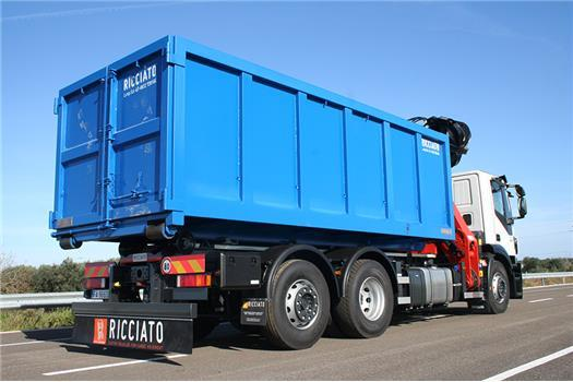 Iveco Stralis AD 260S45 Y/PS passo 4500 mm