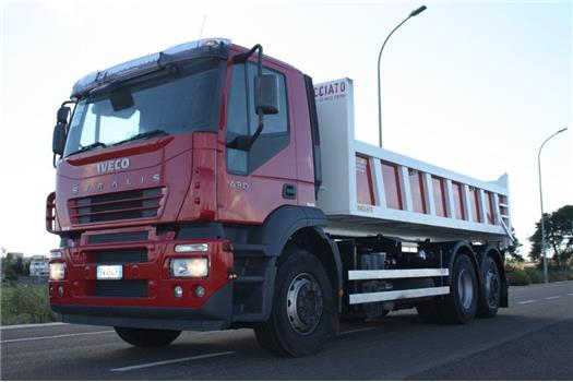 Iveco Stralis AT260S43Y/FS passo 4200 mm